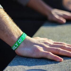 Zelený náramek s parkour motivem kong